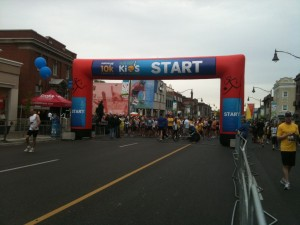 Sporting Life 10K starting line at Yonge & Eglinton